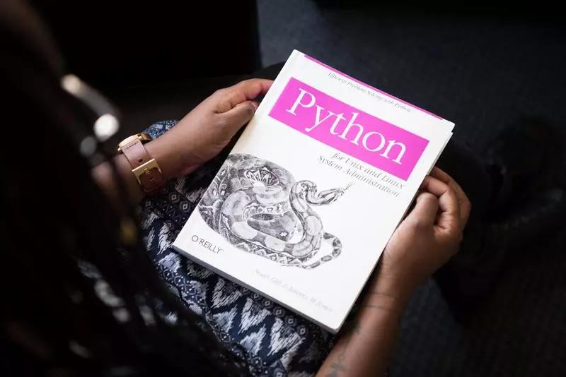 数据采样 22382份,如何才能学好Python并找到工作